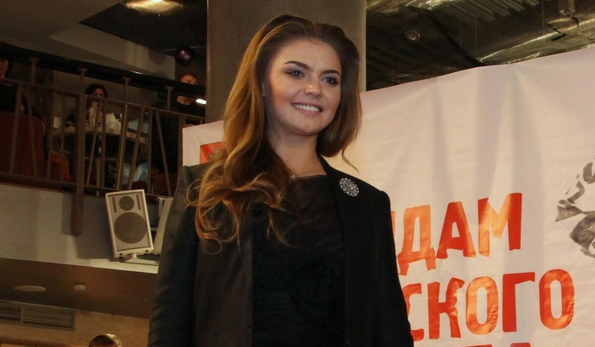 «Она выше сплетен»: Миро объяснила, почему к Кабаевой «не липнет грязь»