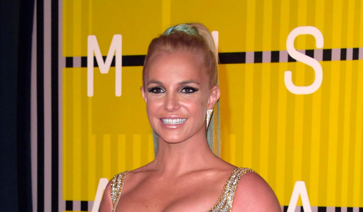 Фанаты Бритни Спирс выдохнули с облегчением после нового видео
