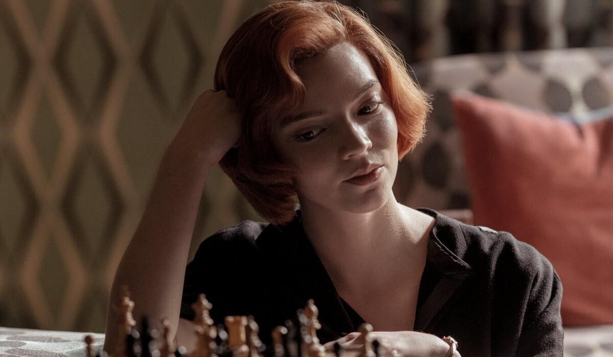 Аня Тейлор-Джой оценила шансы на второй сезон сериала «Ход королевы»