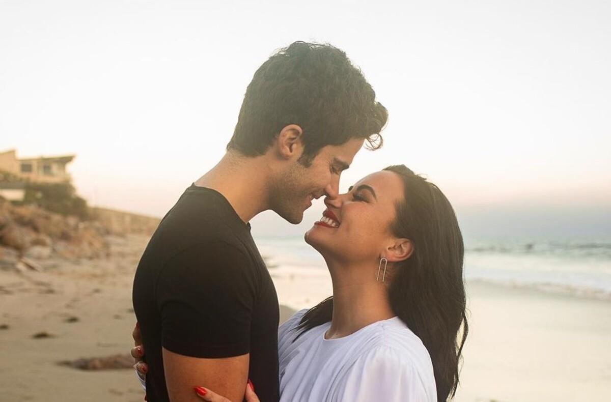 Деми Ловато рассталась с женихом всего через два месяца после помолвки