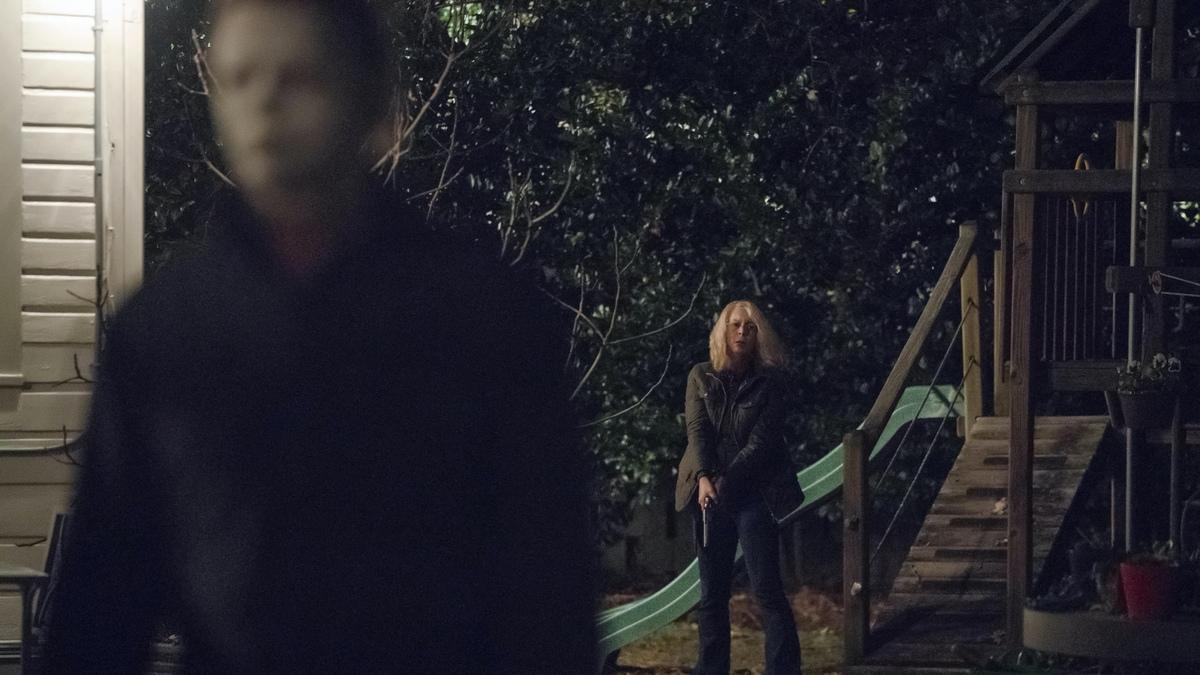 Одно убийство в секунду: вышел динамичный трейлер хоррора «Хэллоуин убивает»