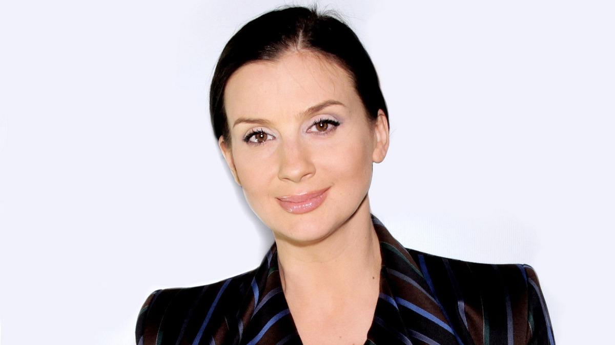 «Вот это вид сзади»: 53-летняя Екатерина Стриженова смело обнажила эталонные формы