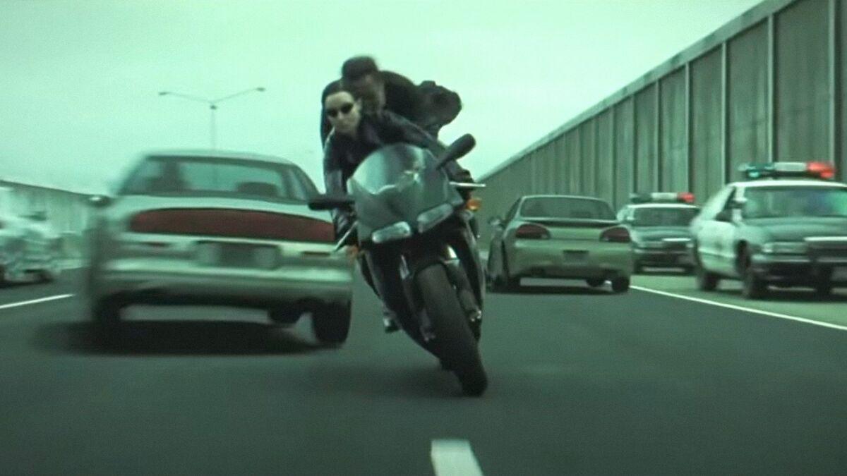 Сюрприз для фанатов: в «Веном 2» попали кадры со съемок «Матрицы 4»