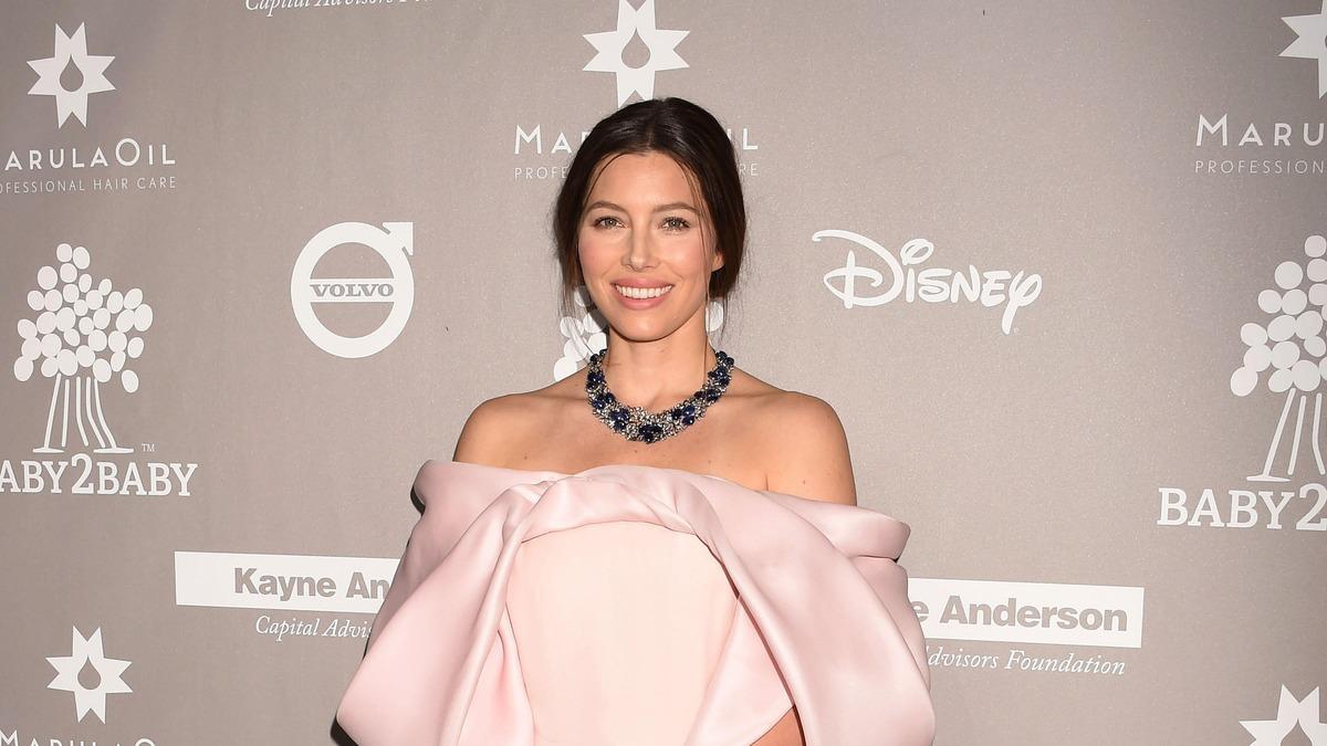 «Совсем не подходит на роль аристократки»: жену Джастина Тимберлейка затравили в соцсетях