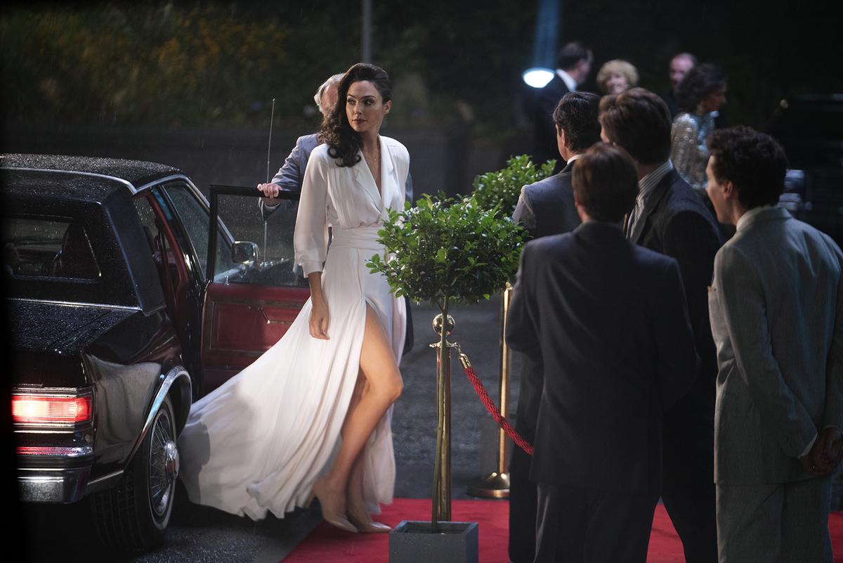 Почему стиль одежды Дианы Принс в «Чудо-женщине: 1984» не вполне соответствует 80-м