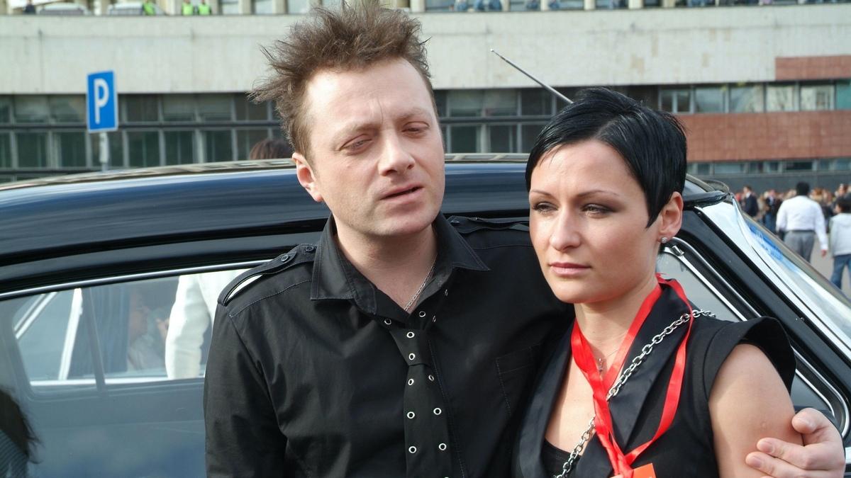Шатался и хрипел: Глеб Самойлов устроил «пьяный» концерт и попал на видео
