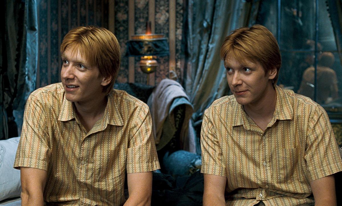 Близнецы из «Гарри Поттера» не знали, кто из них Фред, а кто Джордж