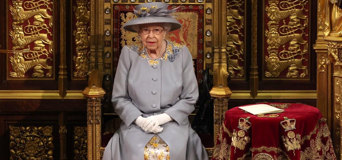 Новая потеря: королева Елизавета II оплакивает любимца