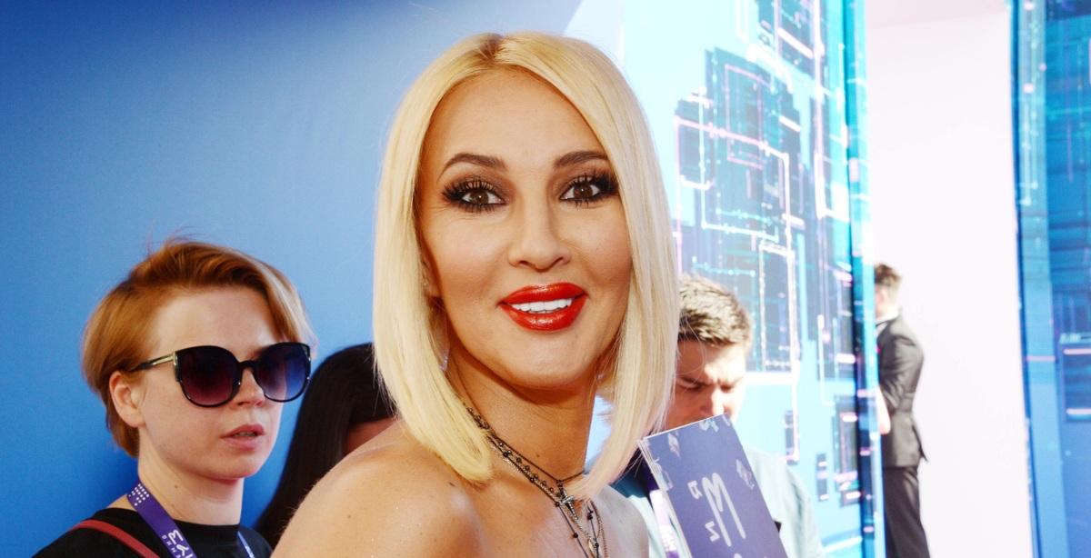 «Дошло до прямых оскорблений»: Лера Кудрявцева просит защиты у BadComedian'а