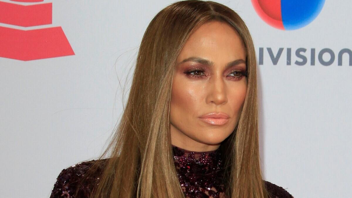 «Уйди, надоела»: Дженнифер Лопес устроили бойкот на MTV VMA 2021