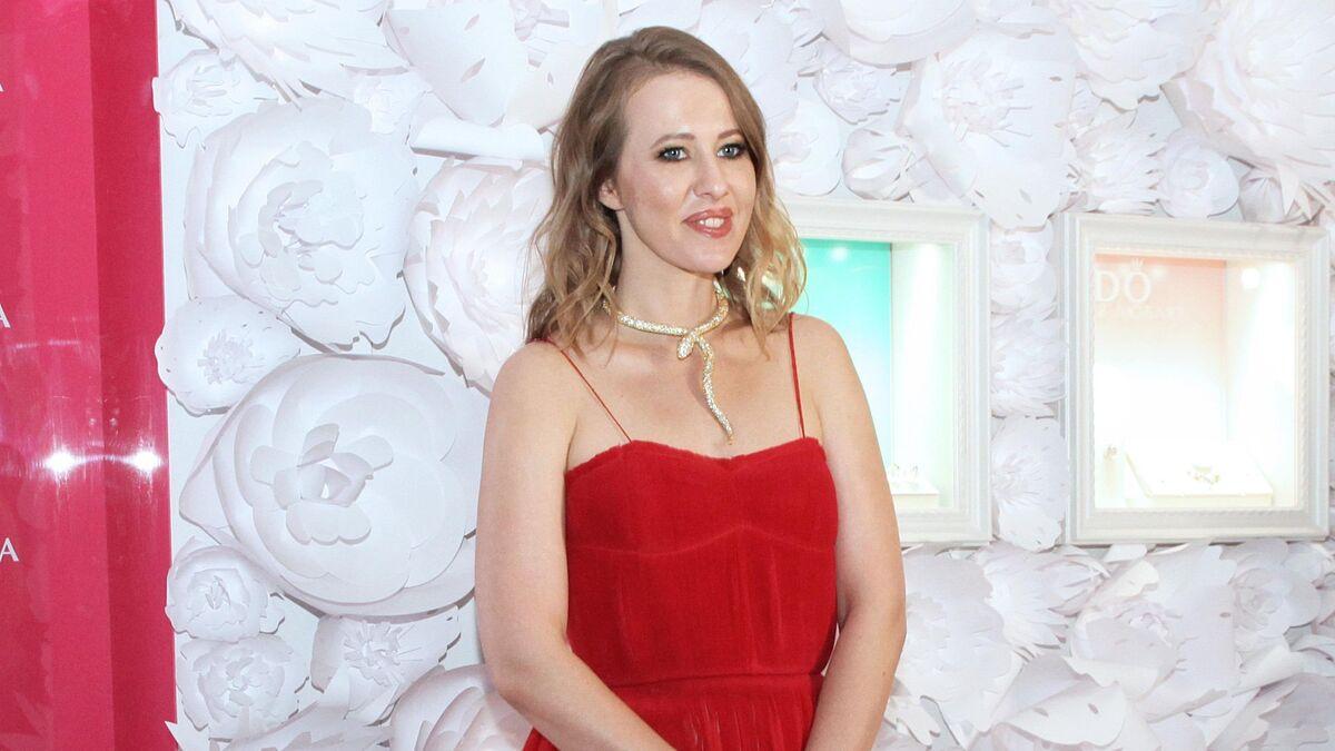 Пострадавшая в аварии Собчак обратилась к людям после шоу Малахова