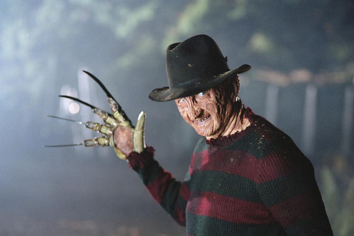 Экранный Фредди Крюгер посоветовал носить перчатку против коронавируса