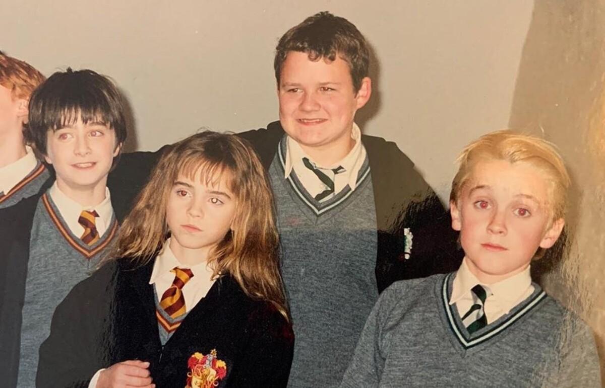 Такие маленькие: Том Фелтон поделился архивными фото со съемок «Гарри Поттера»