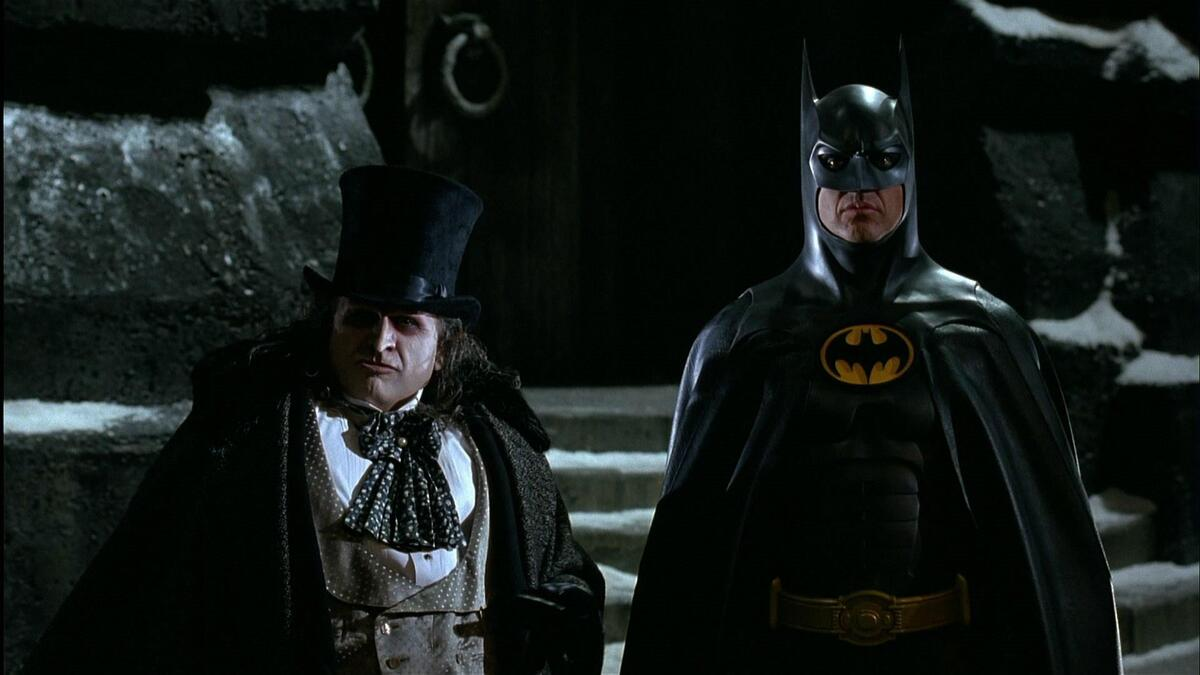 На первых кадрах со съемок «Бэтмена» разглядели злодея Пингвина