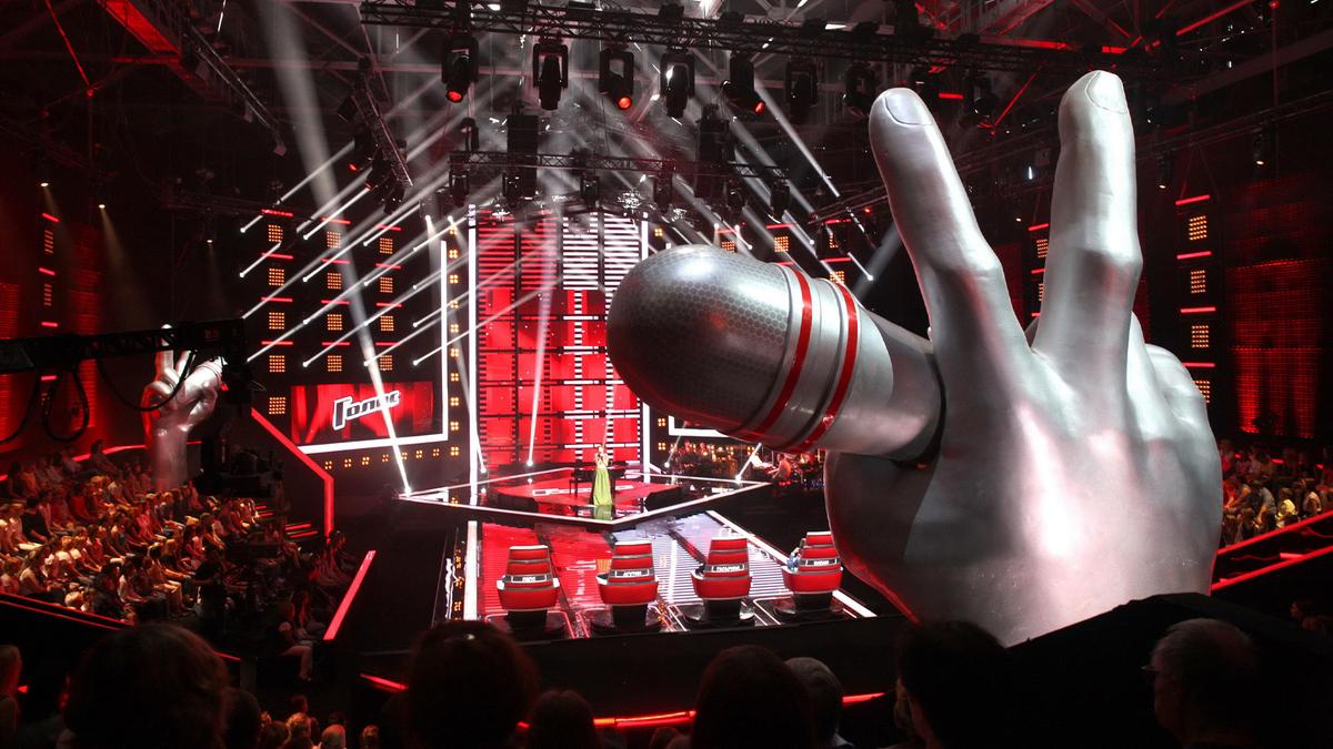 «Не надо держать за идиотов»: зрители пришли в бешенство из-за финала шоу «Голос 60+»