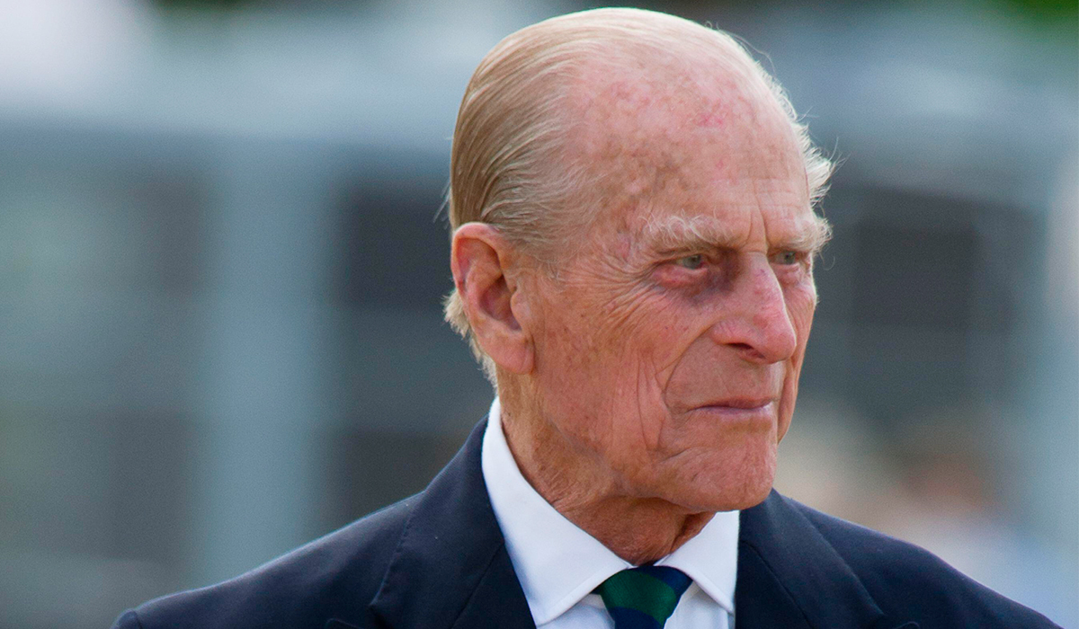 Муж Елизаветы II принц Филипп скончался на 100-м году жизни
