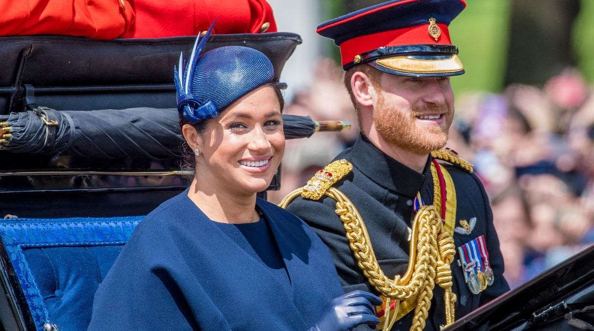Меган Маркл может пойти на сближение с королевской семьей