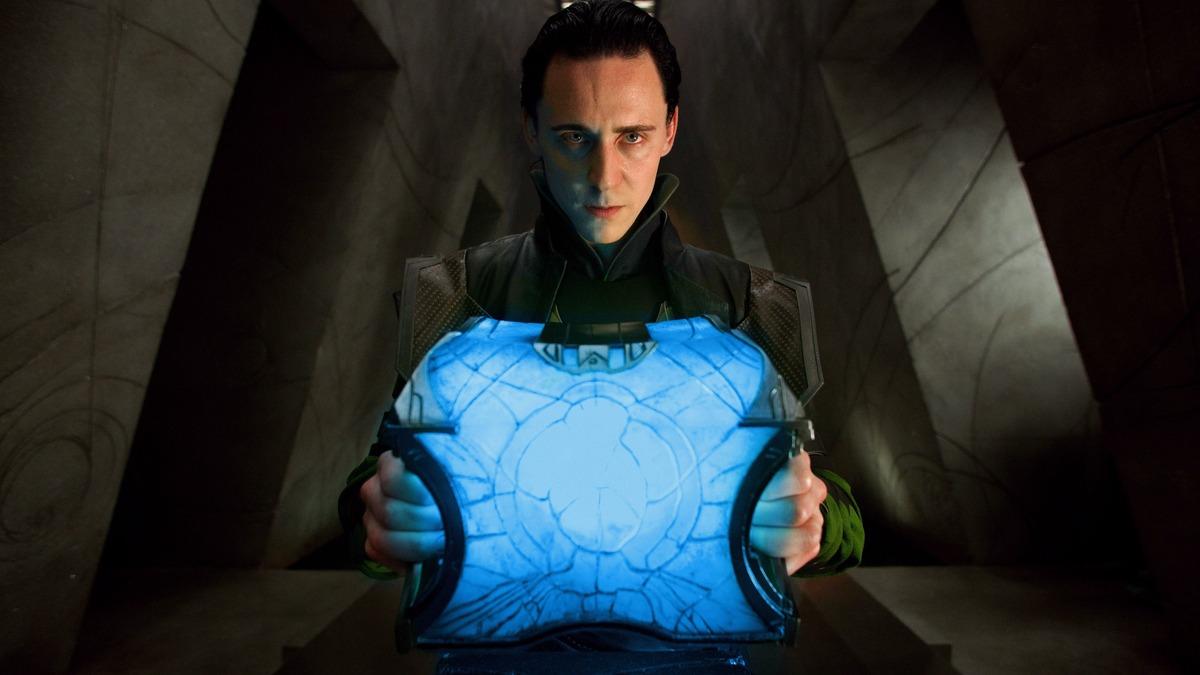 Перетекает из фильма в фильм: сериал о Локи исправит серьезную ошибку Marvel