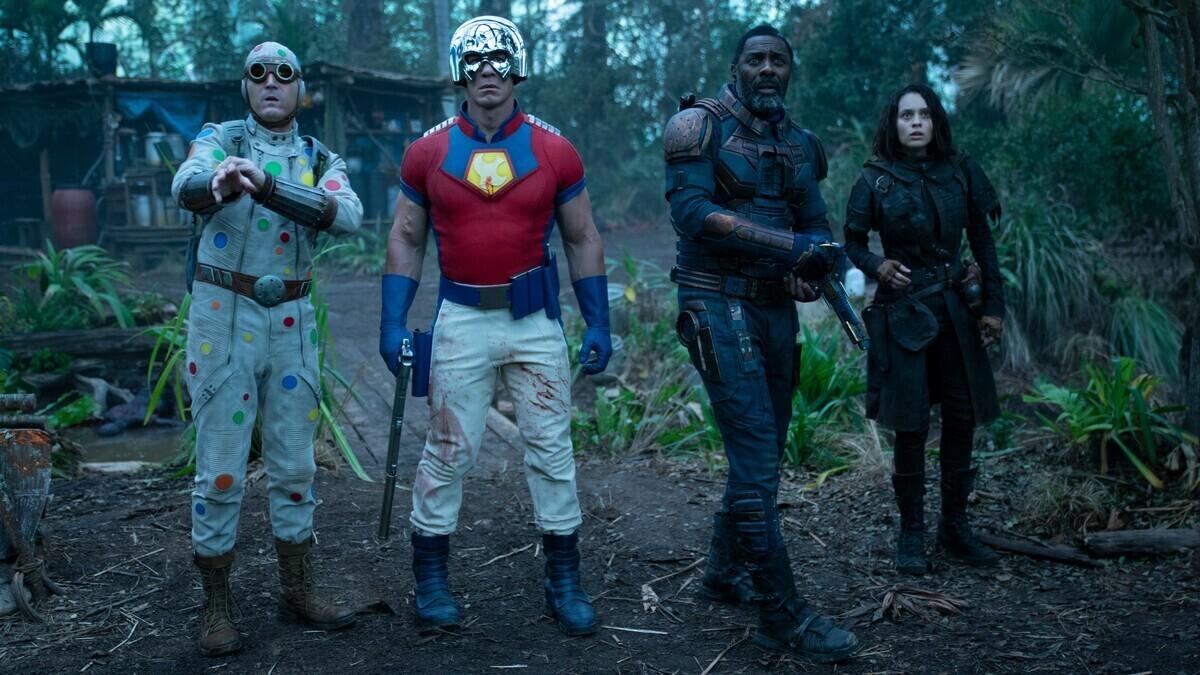 С унитазом на голове: Джон Сина останется в костюме Миротворца в спин-оффе «Отряда самоубийц 2»