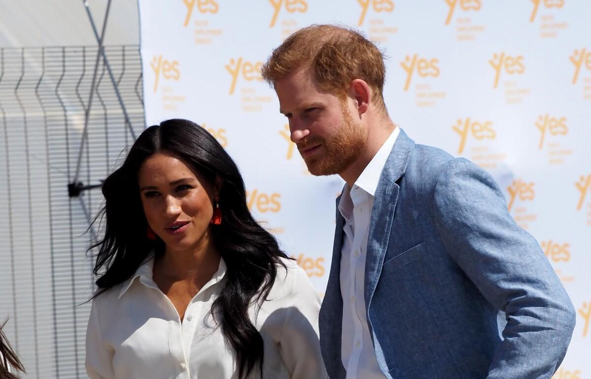 Проигрывая в войне со СМИ: принц Гарри и Меган Маркл подумывают переехать в Канаду