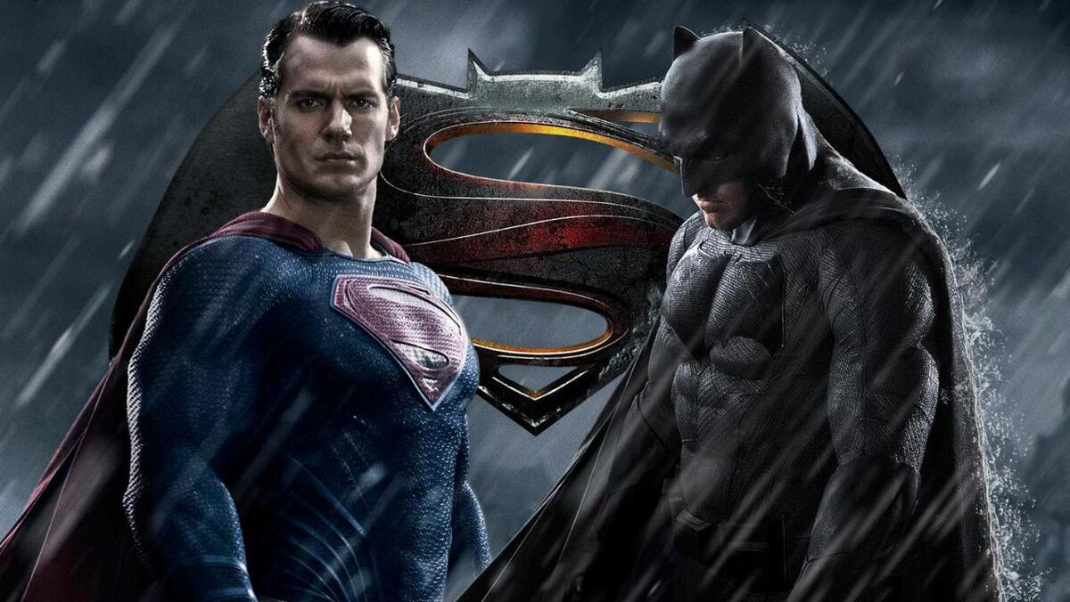 «Бэтмен против Супермена» стал фаворитом «Золотой малины»