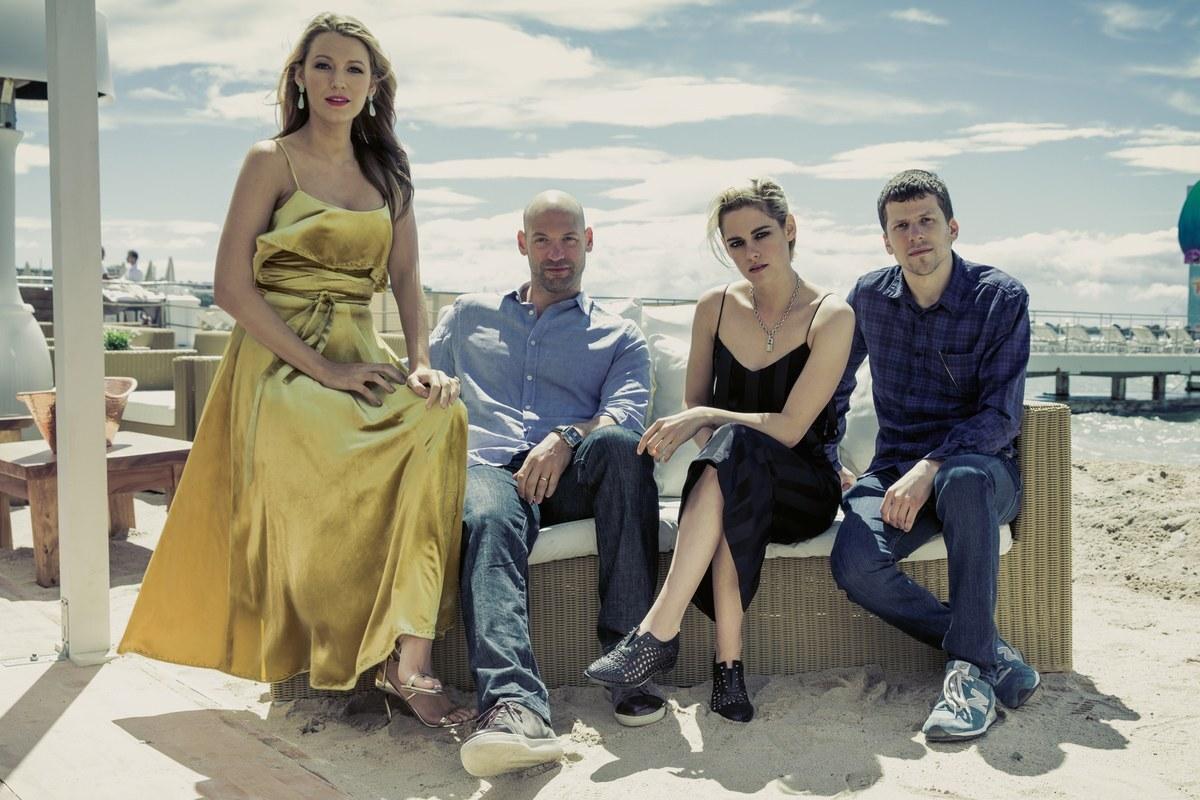 Кристен Стюарт, Блейк Лайвли и другие звезды в серии «Каннских» портретов Vanity Fair