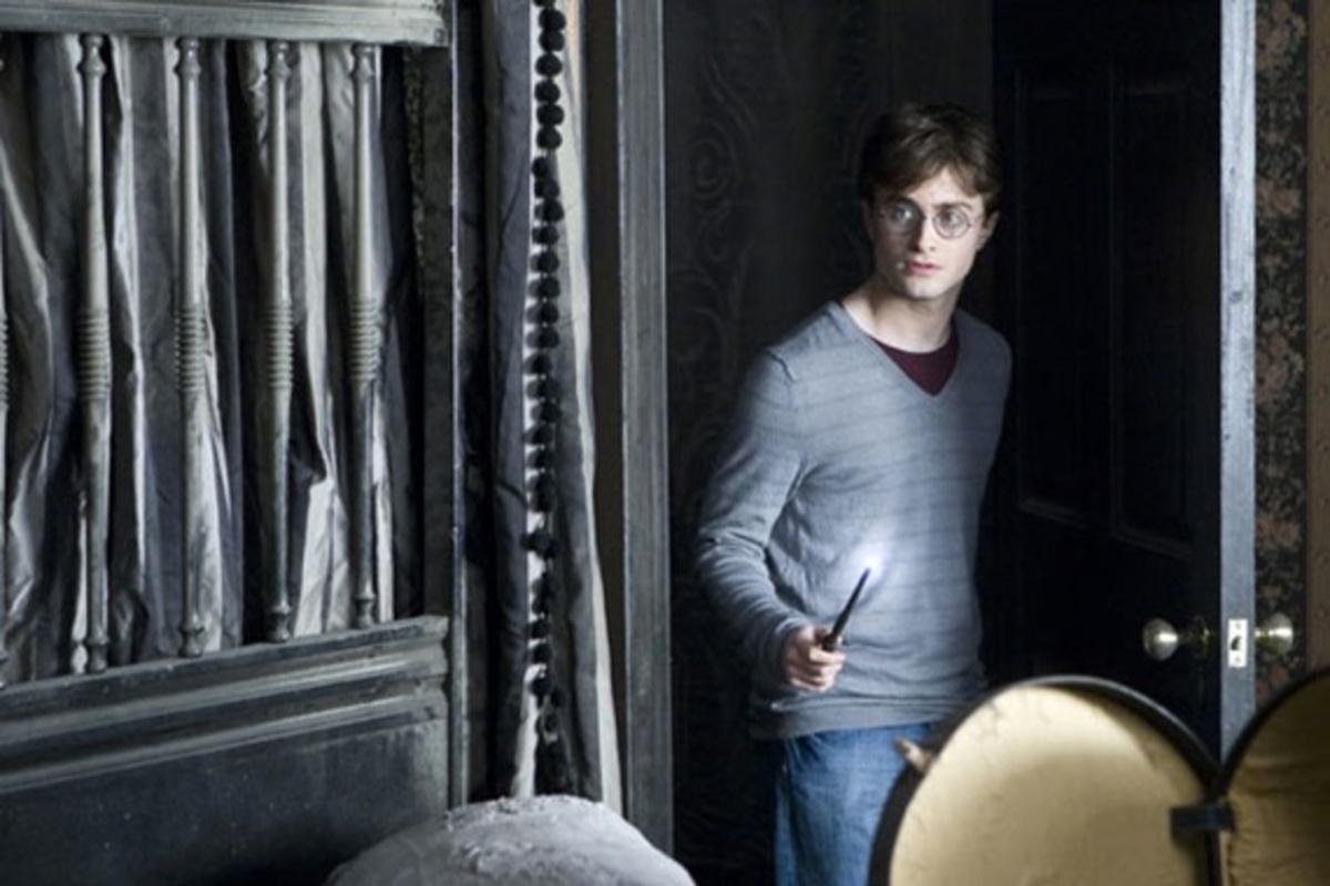 """Трейлер к видеоигре """"Гарри Поттер и Дары смерти. Часть первая"""""""