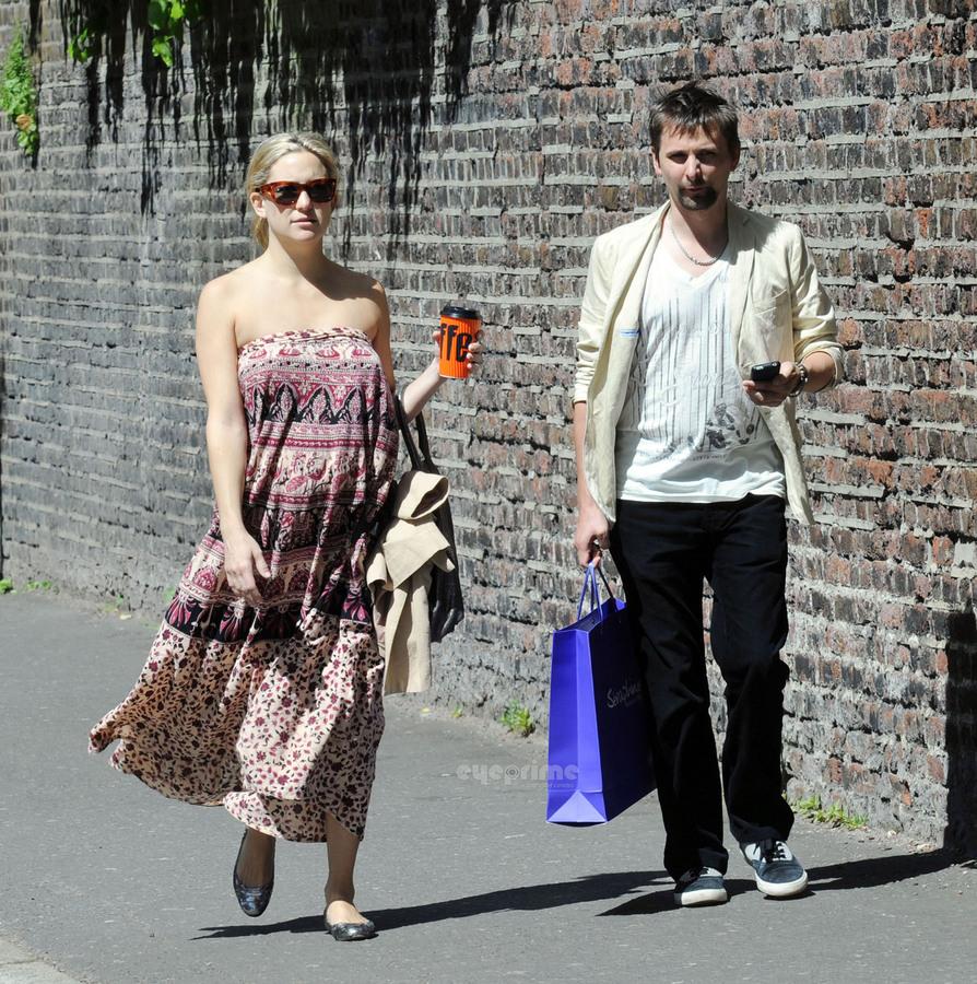 Кейт Хадсон и Мэтт Беллами в Лондоне