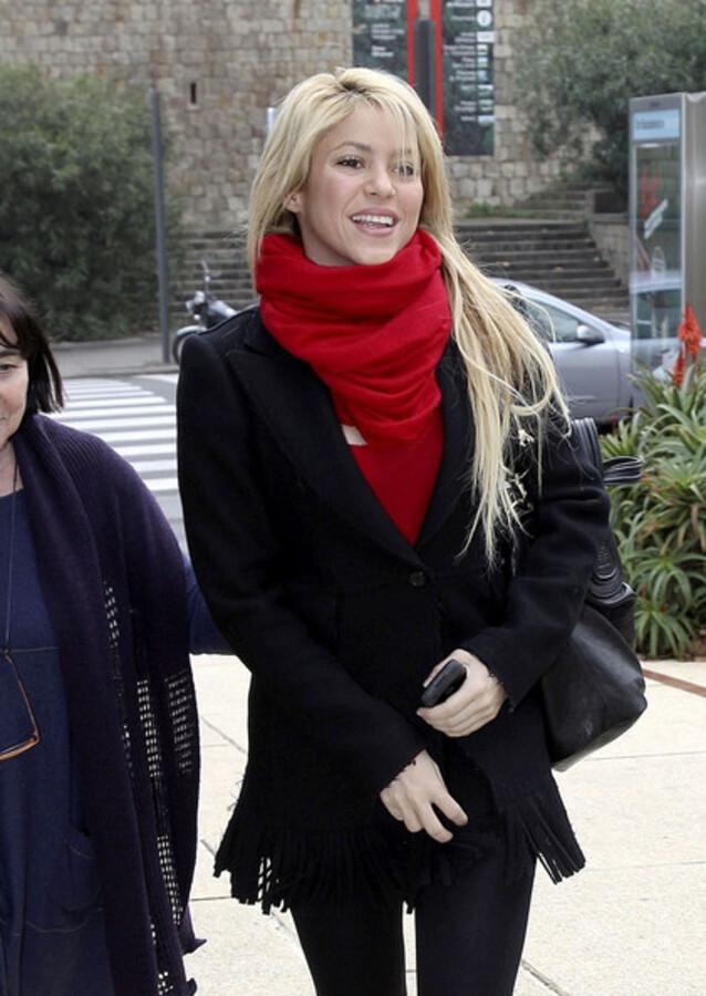 На Шакиру подали в суд