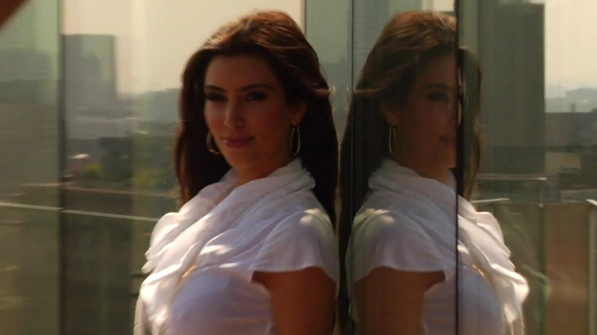 Видео: Ким Кардашян для Cosmopolitan