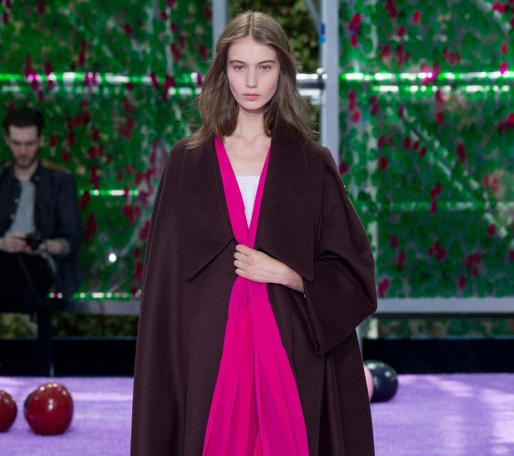 Модный показ новой коллекции Christian Dior Couture. Осень / зима 2015-2016