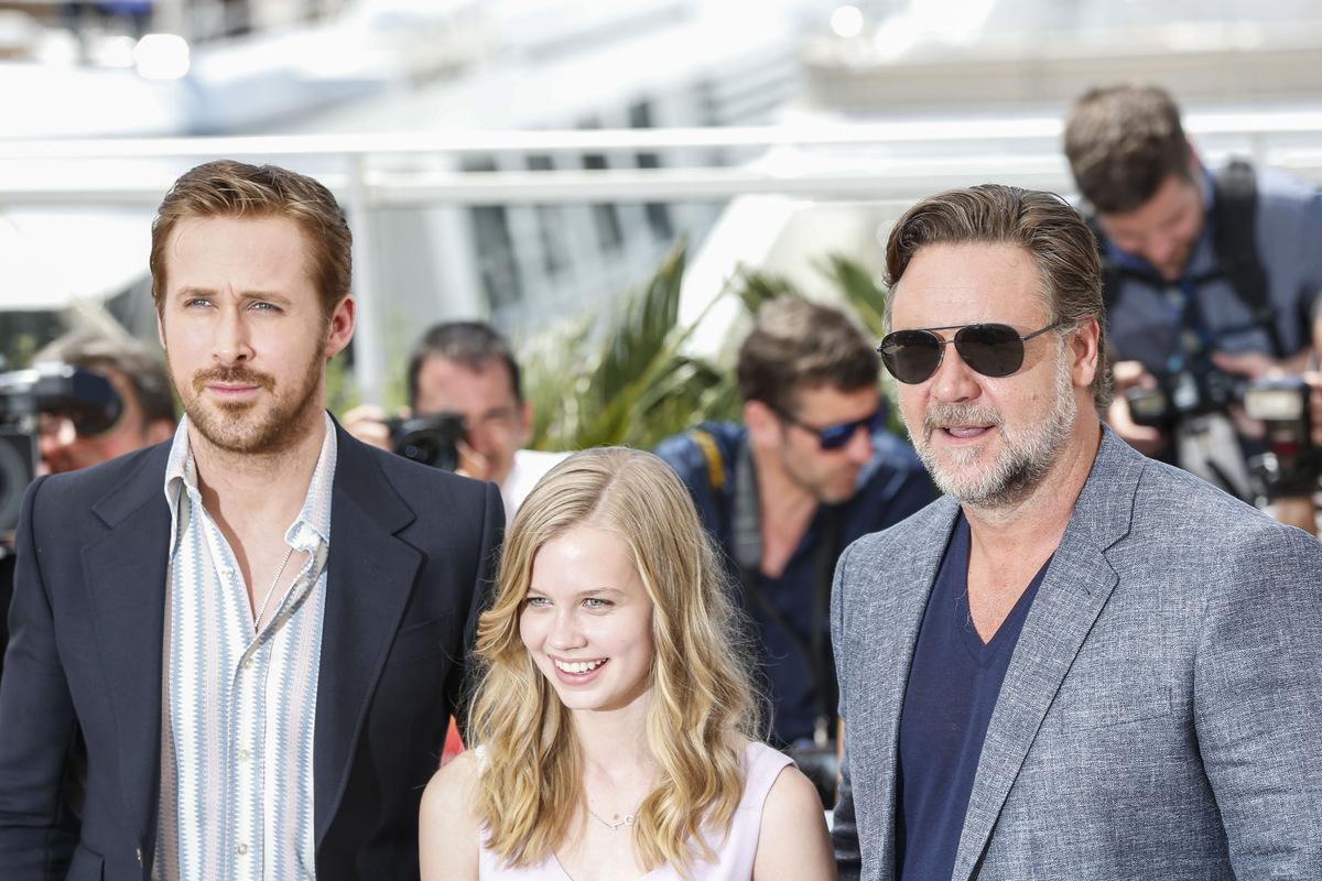 Райан Гослинг, Рассел Кроу и Мэтт Бомер представили фильм «Славные парни» в Каннах
