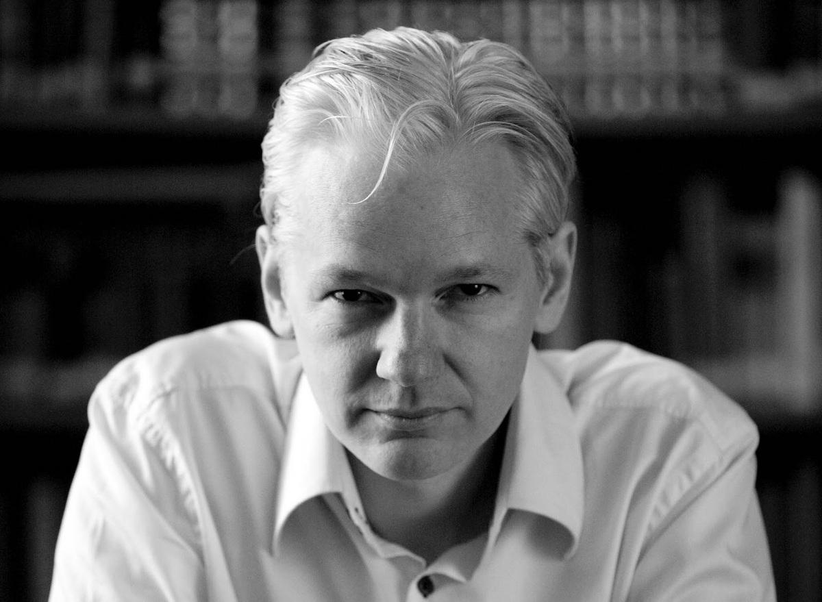 """Планируется снять фильм о создателе """"Wikileaks"""""""