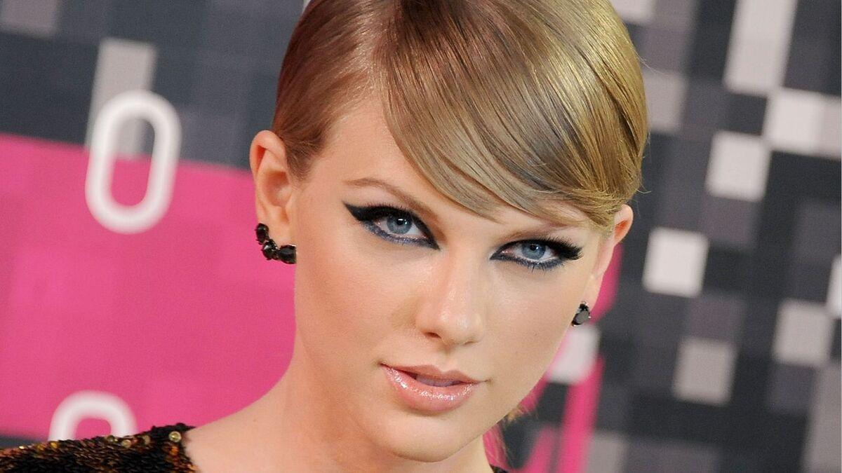 Тейлор Свифт стала самой высокооплачиваемой звездой 2016 года