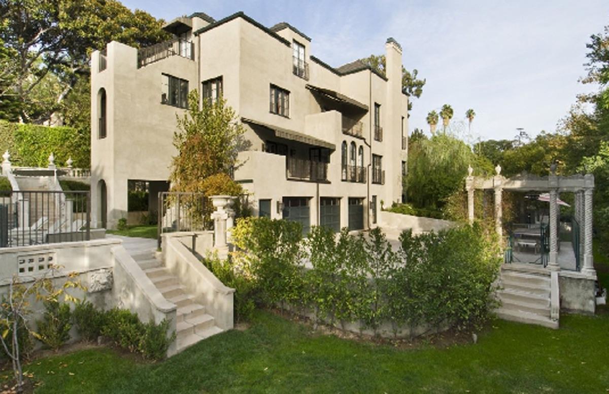 Кэти Перри продает дом в Лос-Анджелесе за 3,395 миллионов долларов
