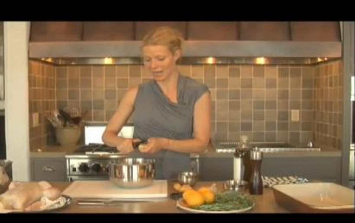 Как приготовить цыпленка с Гвинет Пэлтроу