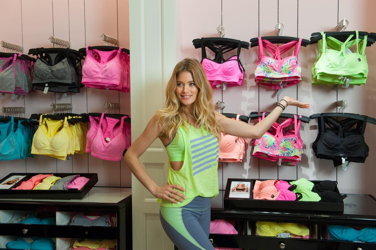 Даутцен Крез представила спортивню коллекцию Victoria's Secret в Майами