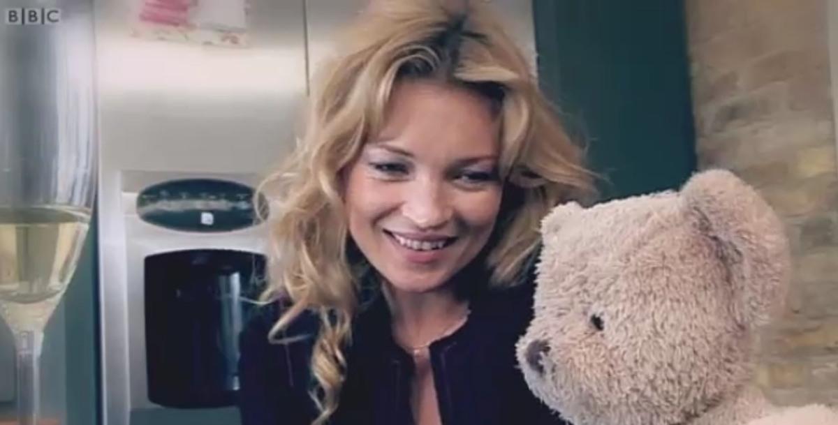 Кейт Мосс в ролике Comic Relief