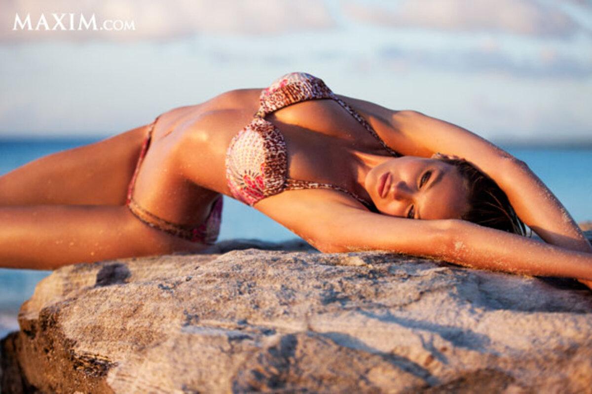 Кэндис Свейнпол самая сексуальная женщина по версии журнала Maxim