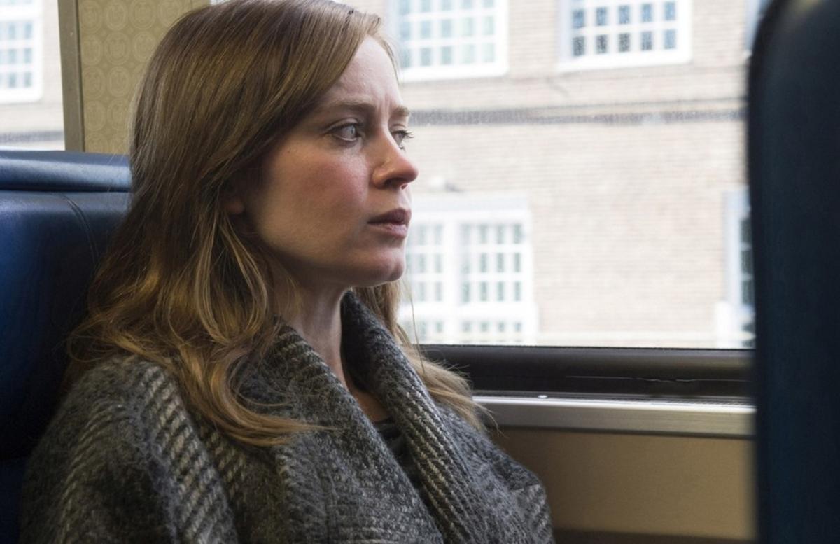 В сети появился первый трейлер фильма «Девушка в поезде»