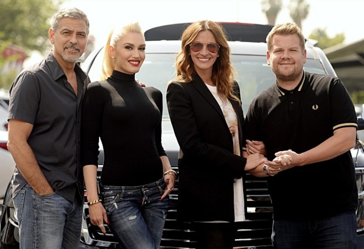 Гвен Стефани, Джордж Клуни и Джулия Робертс спели караоке в машине