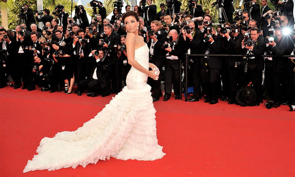Еву Лонгорию признали самой красивой невестой Голливуда