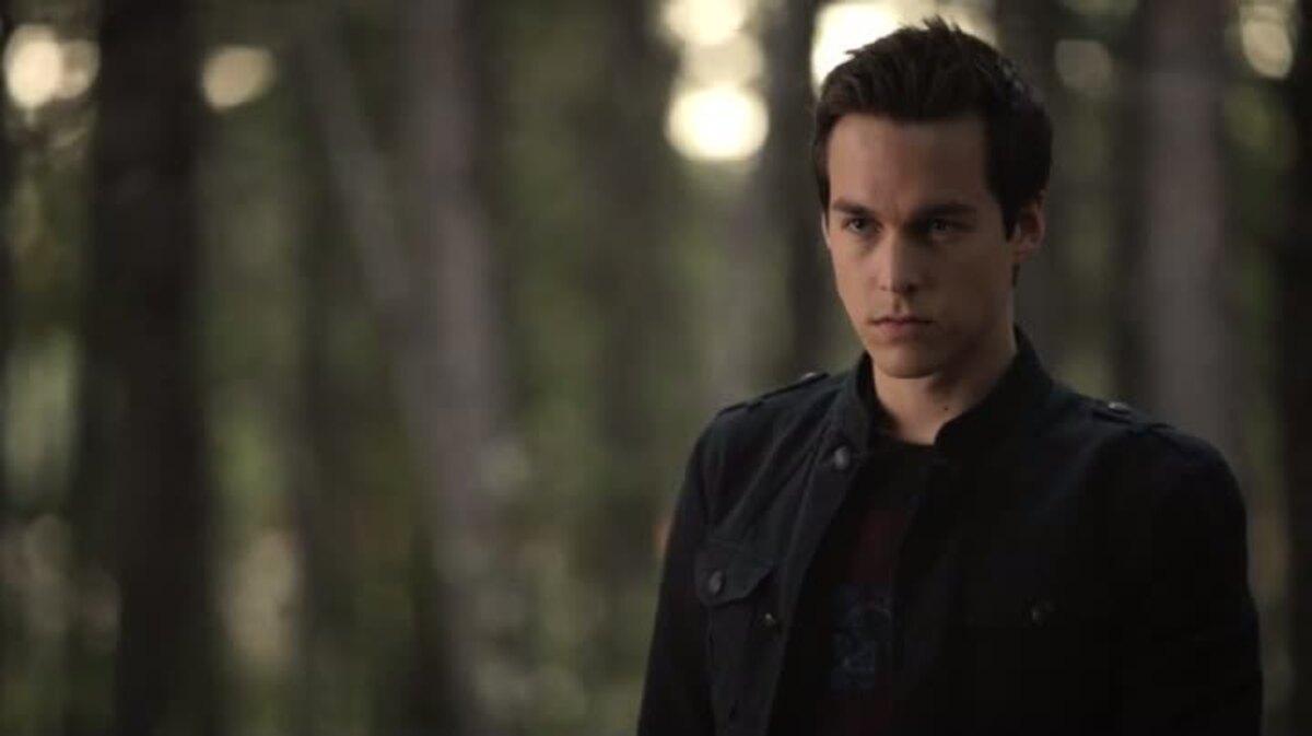 Джули Плек хочет вернуть Кая в 8 сезоне «Дневников вампира»