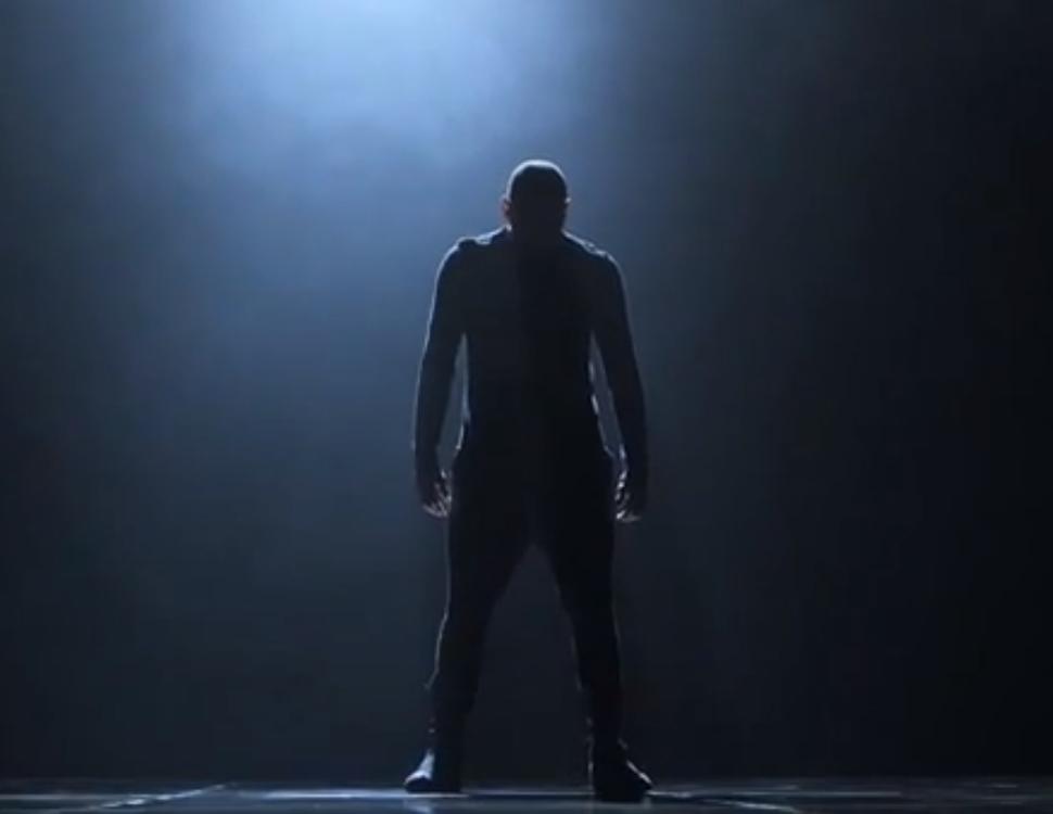 Танцевальное видео Криса Брауна на песню Don't Be Gone Too Long