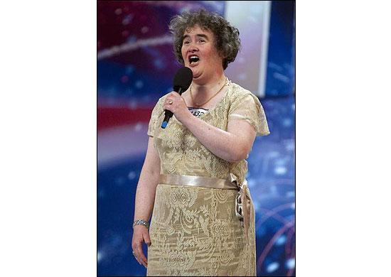 """47-летняя женщина поразила судей шоу  """"Британия ищет таланты"""""""