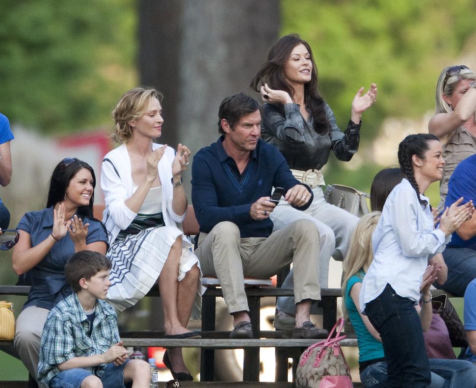 Кэтрин Зета-Джонс, Джерард Батлер и Ума Турман на съемках фильма «Играть в поле»