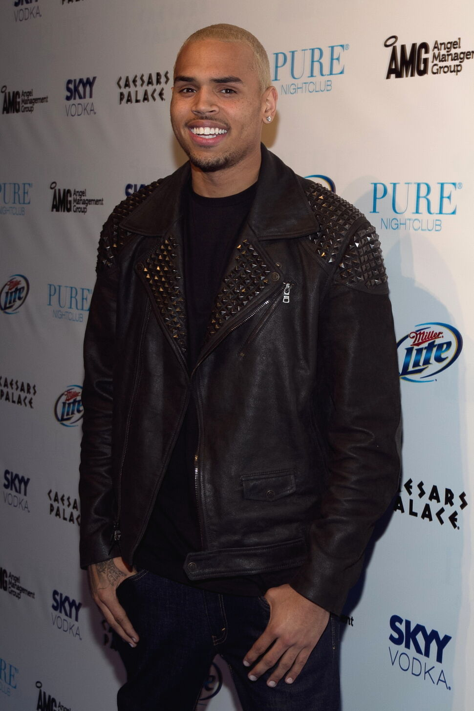 Крис Браун номинирован в шести номинациях на премии BET