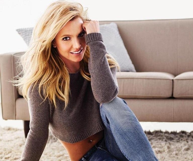 Бритни Спирс в журнале Women's Health. Январь / февраль 2015