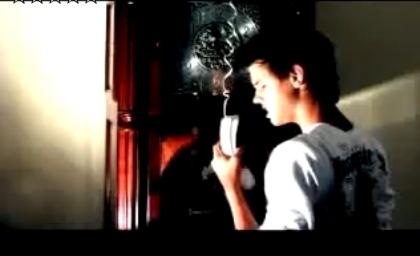 Видео Тэйлора Лотнера, которое он сделал сам на песню One Republic «Apologize»