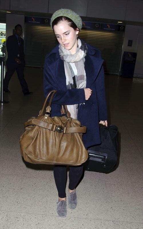 Эмма Уотсон в аэропорту Хитроу, Лондон